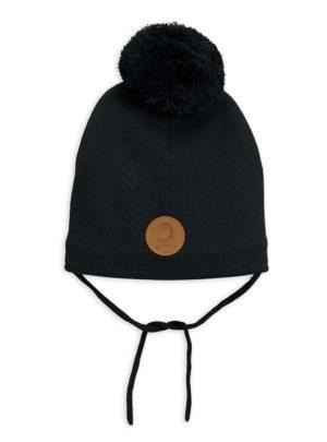 Penguin hat black